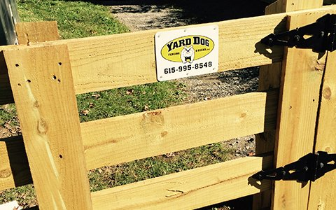 custom fence contractor Clarksville